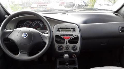 Dezmembrez Fiat Albea, an 2005, motorizare 1.2
