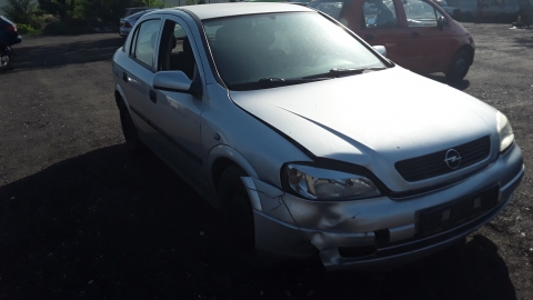 Dezmembrez Opel Astra G, an 2004, motorizare 1.4 16V, Benzina, kw 66