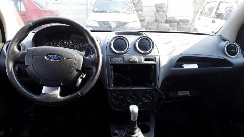Dezmembrez Ford Fiesta V, an 2006, motorizare 1.4 TDCI