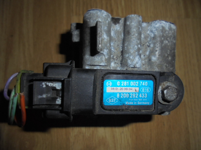 flansa egr renault trafic 1989-2001 cod 0281002740, alt cod 8200292433