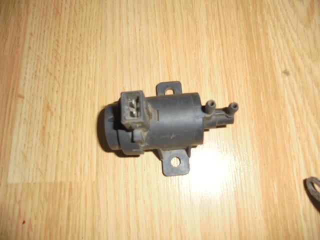 convertor presiune esapament renault megane 1 , cod 7700113071