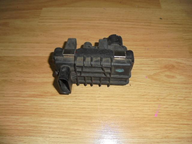 actuator mercedes E-class w211, cod 6NW008412.