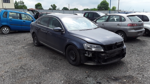 Dezmembrez Volkswagen Passat , an 2012