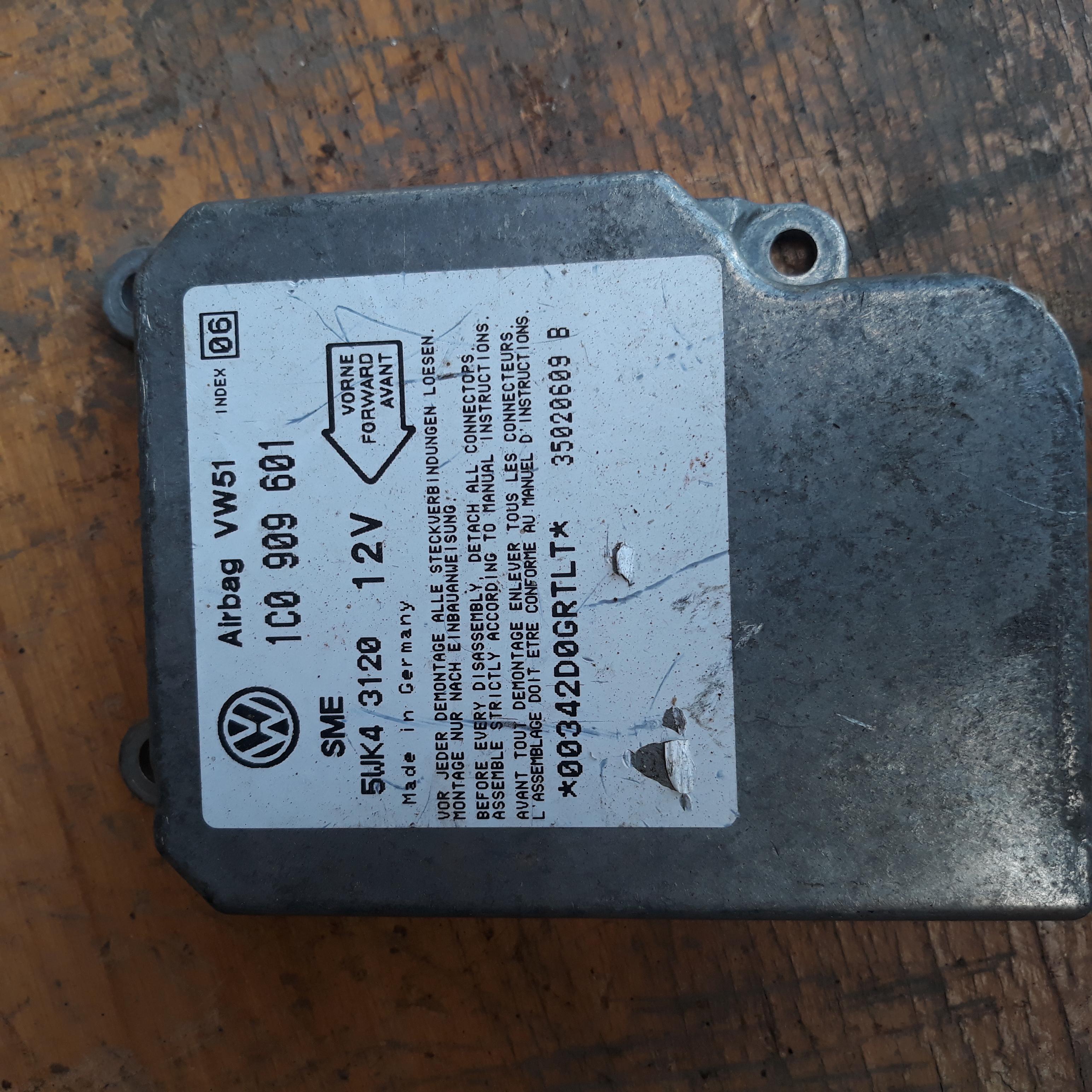 ECU airbag Skoda Octavia 1C0 909 601 / 1C0909601