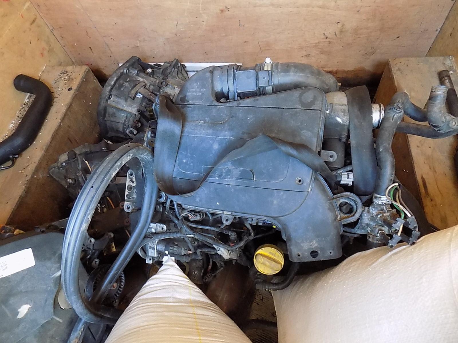 Motor opel vivaro 1.9 tdci cod f9q