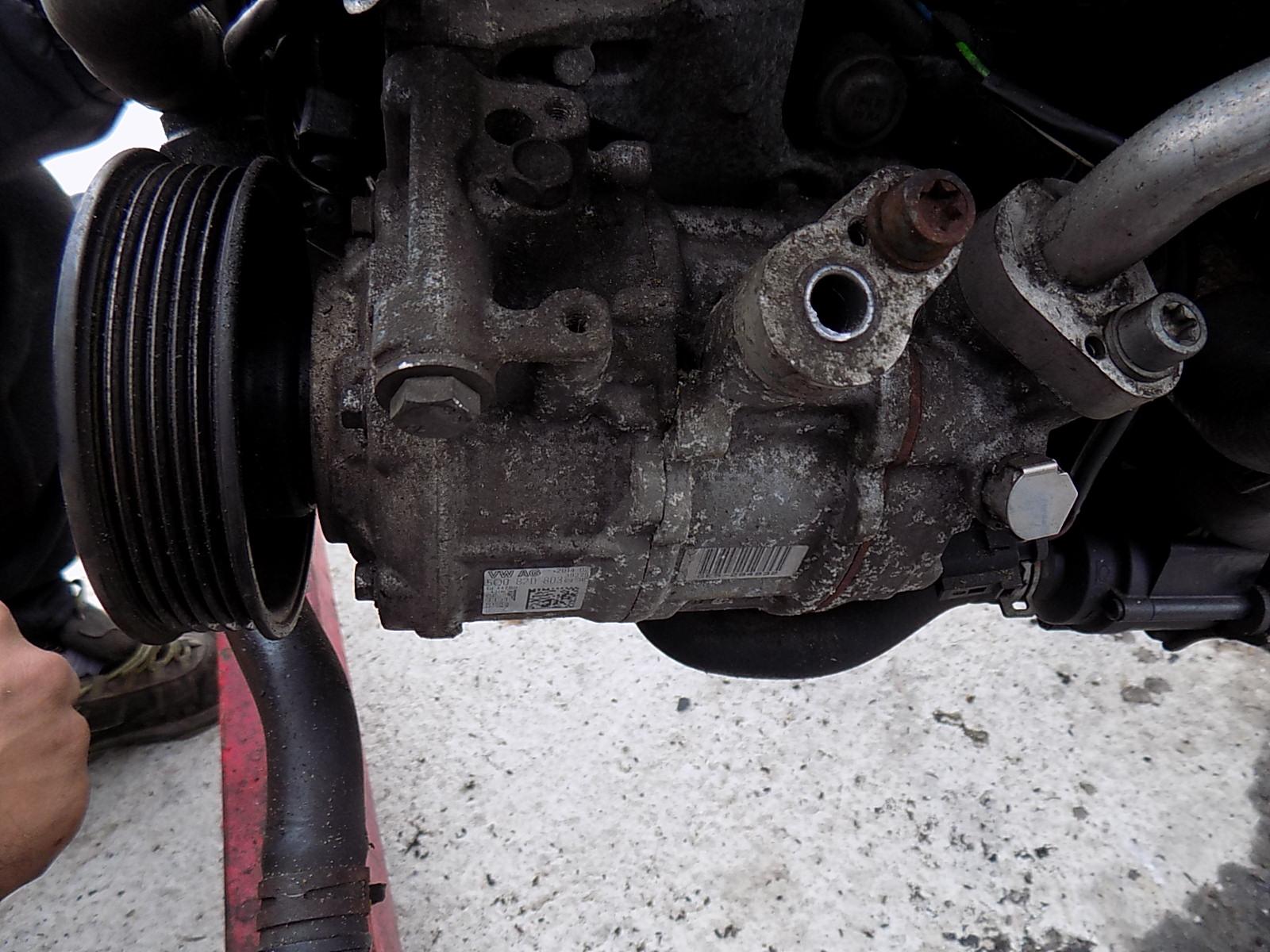 compresor ac volkswagen  golf 7 1.6 TDI cod 5Q0820803.