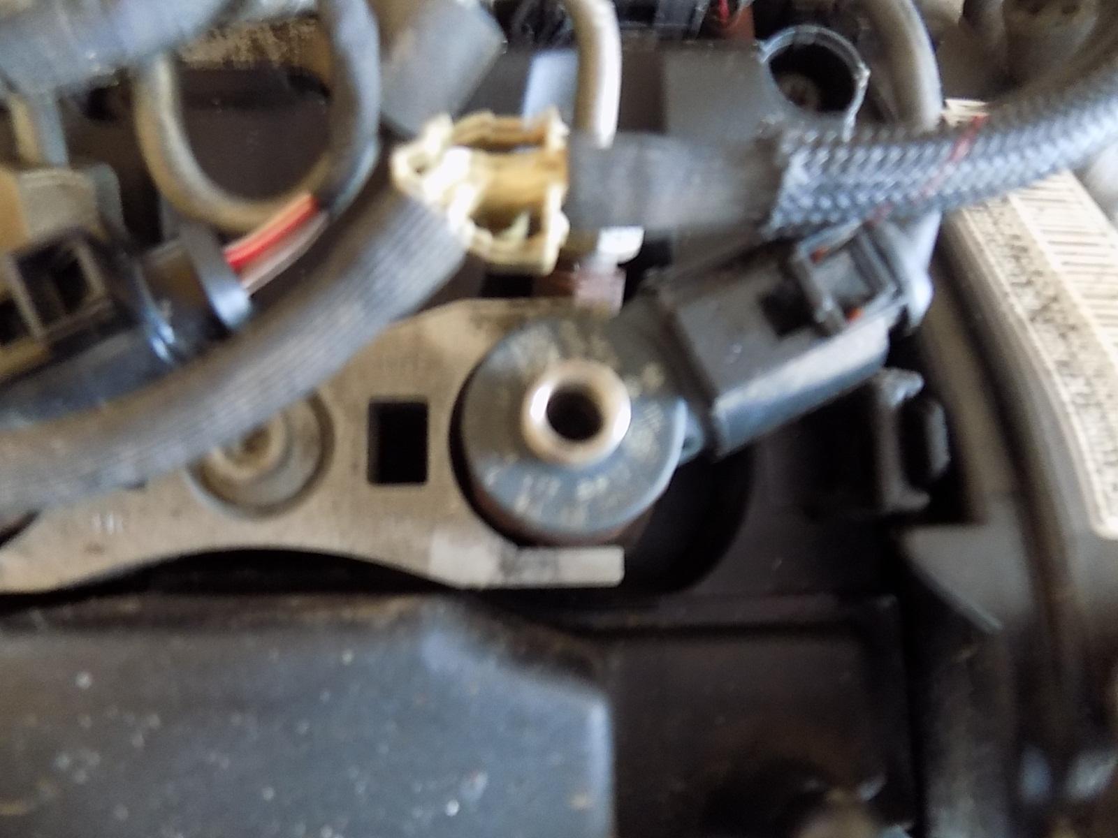 injector volkswagen golf 7 1.6 CLH cod 0445110477